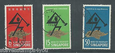 Singapore - 1968 - SG98 To SG100 - CV £ 1.90 - used - National Day