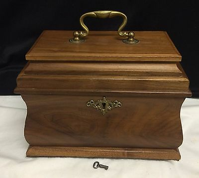 Antique Williamsburg Virginia Style Bombay Oblong Tea Caddy Jewelry Box Walnut