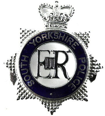South Yorkshire Police Chrome/Enamel Star Cap Badge