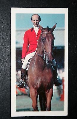 Show Jumping    Harry Llewellyn        Photo Card  VGC