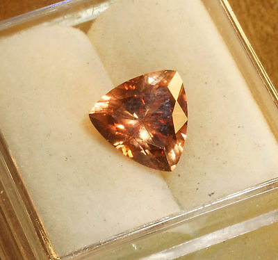 BEAUTIFUL OREGON SUNSTONE!, 8x8 mms,
