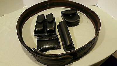 Safariland Duty Belt SIze 44 with accessories