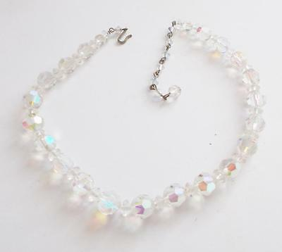 VINTAGE 1950's AURORA BOREALIS FACETED GLASS CRYSTAL BEADS BEADED NECKLACE
