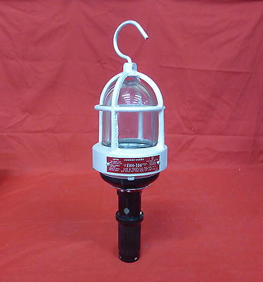 Cooper Crouse-Hinds Evh-106 *new* Explosion Proof Portable Lamp (17E0)