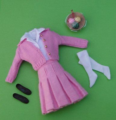 Skipper SCHOOL DAYS Skirt Sweater Outfit #1907 VINTAGE Barbie Repro COMPLETE