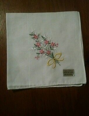 Vintage White 100% Cotton Handkerchief/Hanky with Pink Embroidered Bouquet - NWT