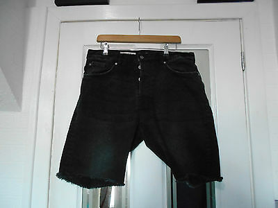 """Mens Shorts by H&M - Size 34"""" Waist"""