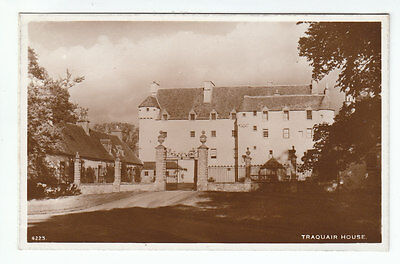Traquair House Peebles A R Edwards Selkirk 4223  Scotland Old Postcard Unposted