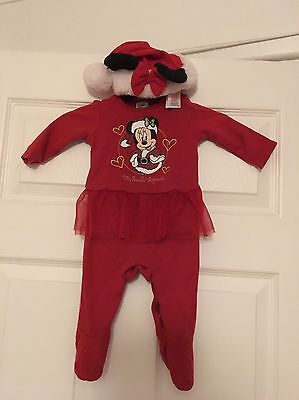 Baby Red Christmas Disney Minnie Mouse onesie And Hat age 0-3 Months girls
