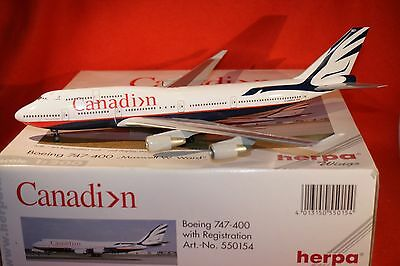 HERPA 550154 CANADIAN BOEING 747-400  WET BOX DAMAGE  reg C-GMWW 1-200 SCALE