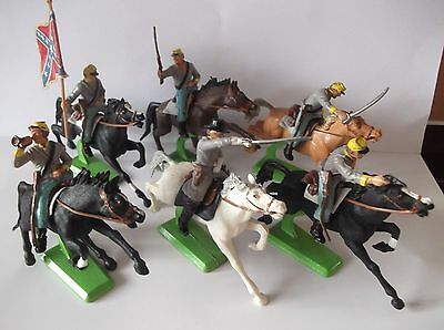 BRITAINS DEETAIL ACW MOUNTED CONFEDERATE CAVALRY 1st SERIES.