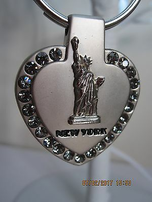 New York Statue Of Liberty Silver Metal Keyring. Brand New
