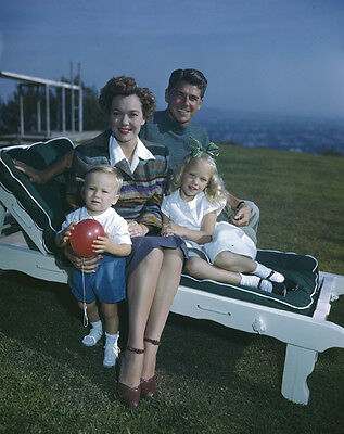 President Ronald Reagan Jane Wyman & children Vintage ORIGINAL 5x4 Transparency