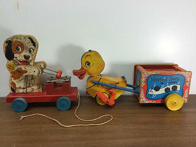 Vintage Wooden Fisher Price Pull Toy Lot Merry Mutt 473, Musical Duck 795