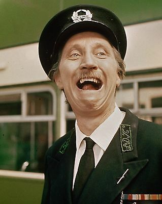 """Stephen Lewis On The Buses 10"""" x 8"""" Photograph no 64"""