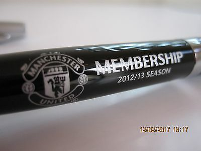 Manchester United. One United Official Member 12/13 Pen W Crest. New