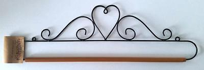 "22"" Or 56Cm Black Metal Dowel Rod Single Heart Quilt Hanger"