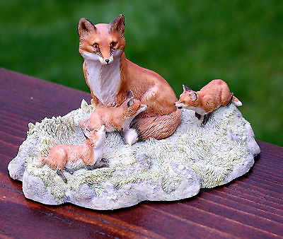 Border Fine Arts Fox With Litter Of Cubs Lovely Colourful Piece Rw1