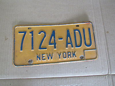 Orig NY State Automobile  LICENSE PLATE 7124-ADU