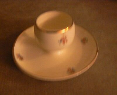 Vintage Ronson Collectible Egg Cup Holder/made In Usa