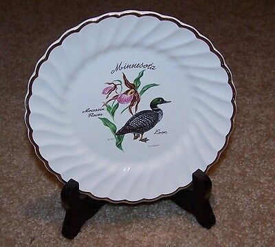 """Minnesota """"Moccasin Flower/Loon"""" Souvenir Plate. Comes with Plate Stand!"""