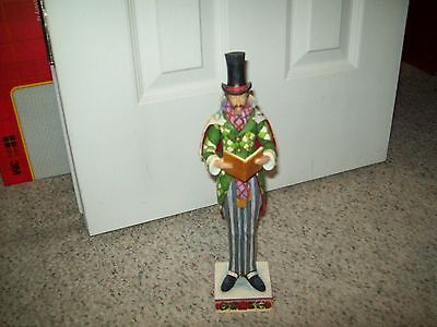 """Jim Shore """"Here We Come A Caroling Among The Leaves So Green"""" Caroler, C4005326"""