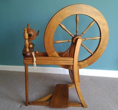Ashford traditional spinning wheel with lazy kate and instructions