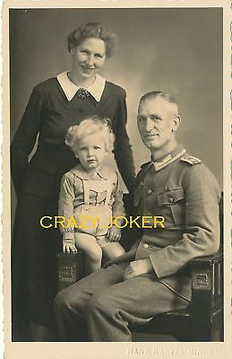 WW2 German Top !!  Soldier With Family & BLOND Child !!! Nice Postcard !!#1