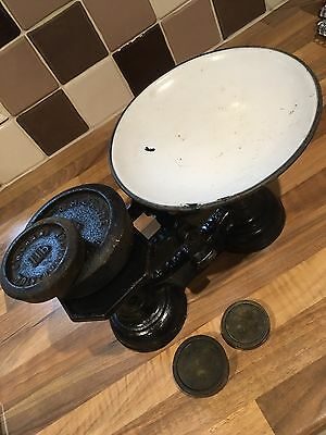 Vintage Kitchen Scales Black and White with weights