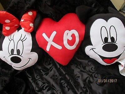 Mickey Mouse And Minnie Mouse Disney Plush Pillow-New-Free Shipping