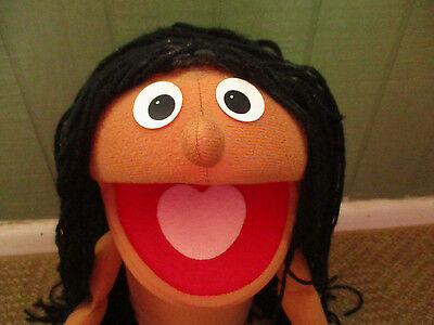 VINTAGE MUPPET SESAME STREET PUPPET LARGE GIRL WITH BLACK HAIR CHARACTER 70's