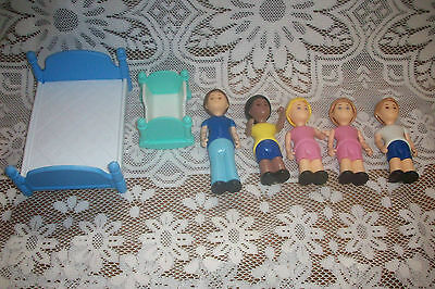 Vintage Little Tykes Doll House family & Beds