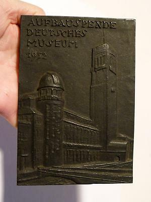 German AUFBAUSPENDE DEUTSCHES MUSEUM 1952 Iron Pictorial Medal Plaque #B1