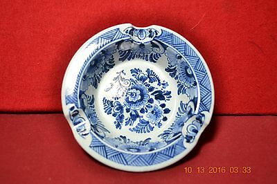 Delft Holland OUD Blue Floral Ashtray