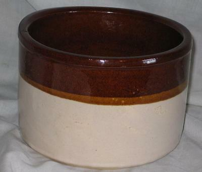 Small White Tan & Brown Pottery Crock Robinson-Ransbottom Pottery Co. Roseville