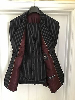 Chester Barrie Savile Row Mens 3 Pce Blue Pinstripe Suit 42