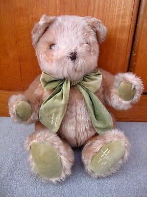 Rare HARRODS 1995 Christmas BEAR Collectable Teddy 13'' Toy Green Velvet Bow Tie
