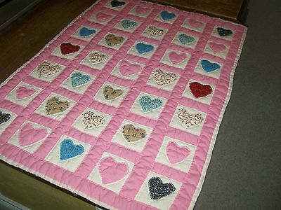 "Vintage baby crib quilt ""Hearts"" hand & machine"