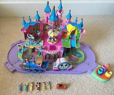 Polly Pocket Disney Magic Kingdom Playset with Figures And Extras (Music Works)