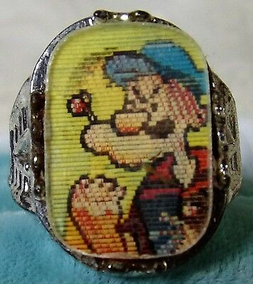 1960's Popeye & Olive Oyl Character Flicker Ring by Vari-Vue Toy Ring Works WoW