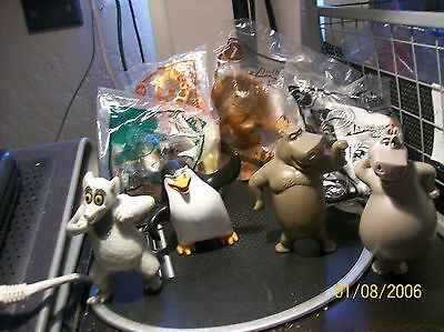 Madagascar 2 Complete Set of 8 - 4 new all work   (McDonald's Talking Toys)