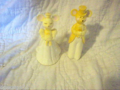 Avon Church Mouse Bride & Groom Decanters No Box (Full) Delicate Daisies Cologne