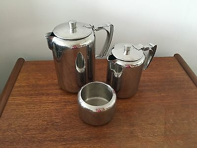 Old Hall 'Stirling' 2 polished x pots / jugs and bowl Utilitarian