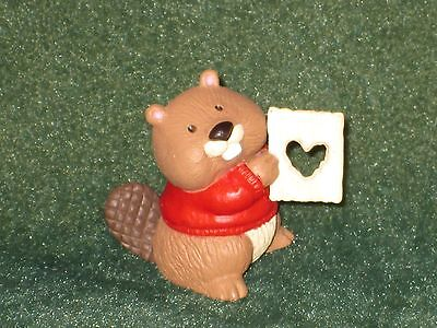 Hallmark Merry Miniature 1994 Beaver with Heart Cut-Out - Valentine - NEW