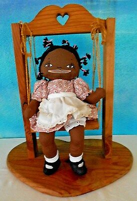"""VINTAGE BLACK AMERICAN 13"""" RAG DOLL w/ EMBRODERED FACE & WOODEN SWING~EXCLT COND"""