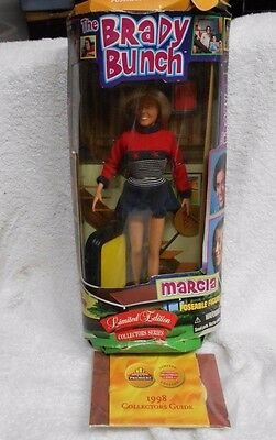 BRADY BUNCH MARCIA LIMITED EDITION DOLL FIGURE BY PREMIERE 1998 new in box