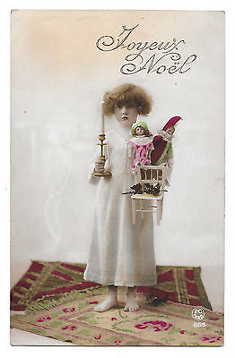 Cpa A20 Noel Fillette Girl Bougie Pantin Arlequin Polichinelle Comedia Dell'arte