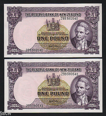 NEW ZEALAND P-159d. 1 Pound (1956-67) - Fleming.  Prefix 299.  UNC - CONSEC Pair