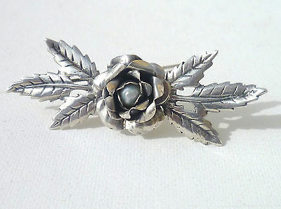 Art Deco Sterling Silver Ladies Rose And Leaf & Center Pearl Brooch