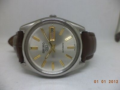 Vintage Seiko Automatic Day Date Steel Mens Wrist Watch Used Antique
